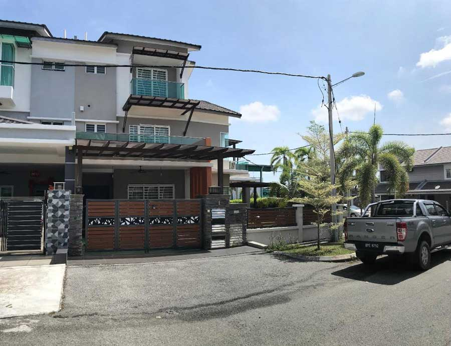 Sekinchan -  Corner Lot Terrace House