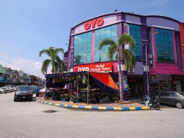 Sekinchan - OYO 880 Hotel Purple Town